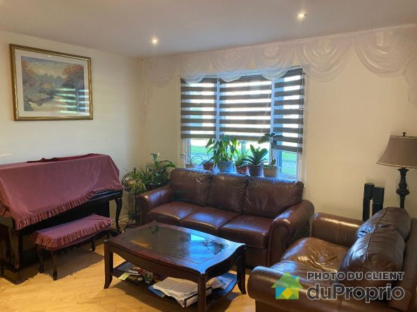 6-75 Elm Avenue, Beaconsfield / Baie-D'Urfé for rent