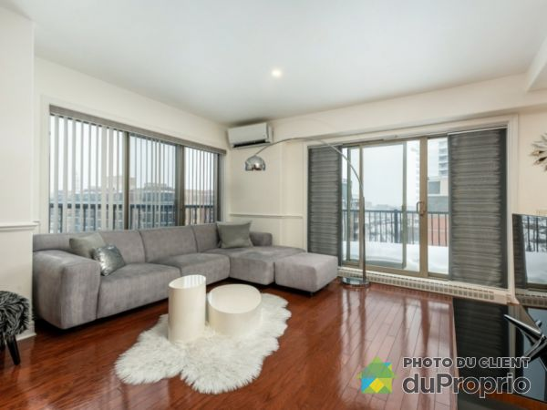 3410 Boulevard le Carrefour, Chomedey for rent