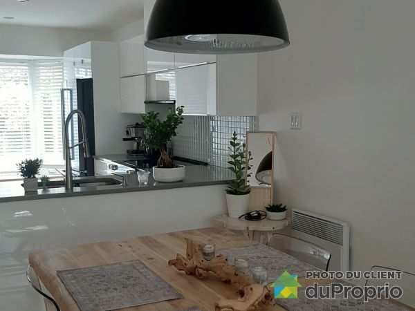 707 rue de Namur, St-Lambert for rent
