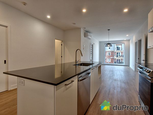 303-8968 rue Airlie, LaSalle for rent