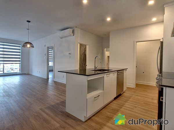 305-8968 rue Airlie, LaSalle for rent