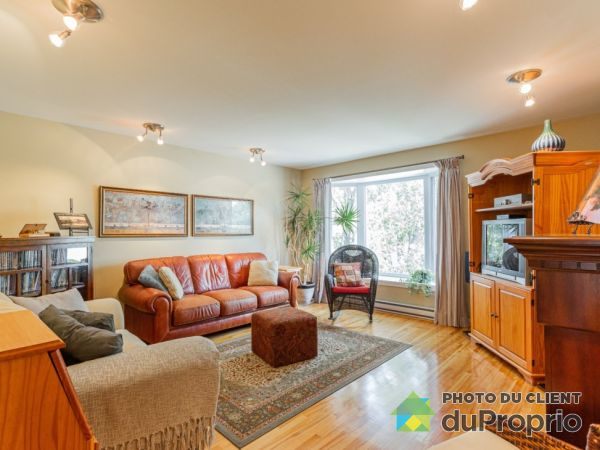 855 perrier, Brossard for rent