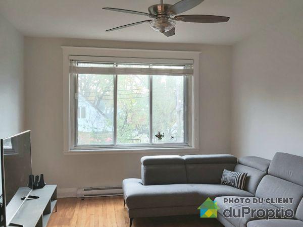 38 avenue Dobie, Mont-Royal for rent