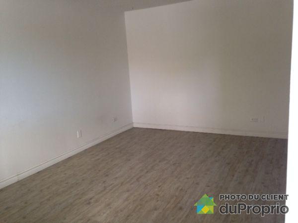 109-5975 avenue de L'Authion, Anjou for rent