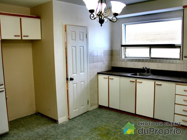 381 avenue Gauvin, Vanier for rent
