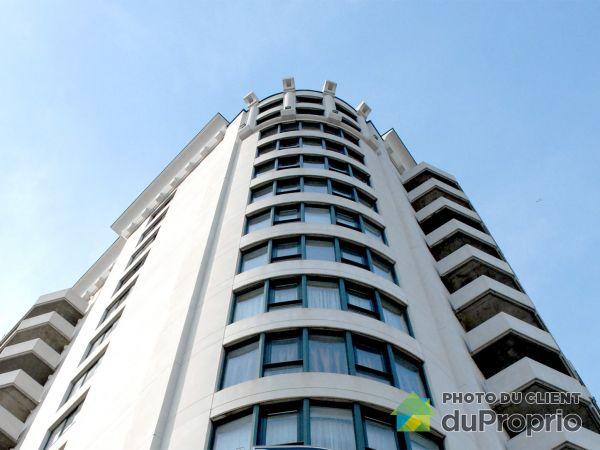 5075 rue Jean-Talon Est, Saint-Léonard for rent