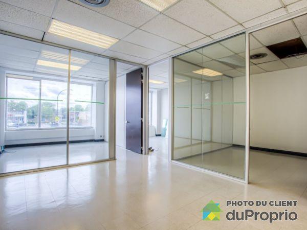 202-8615 boulevard St-Laurent, Villeray / St-Michel / Parc-Extension for rent