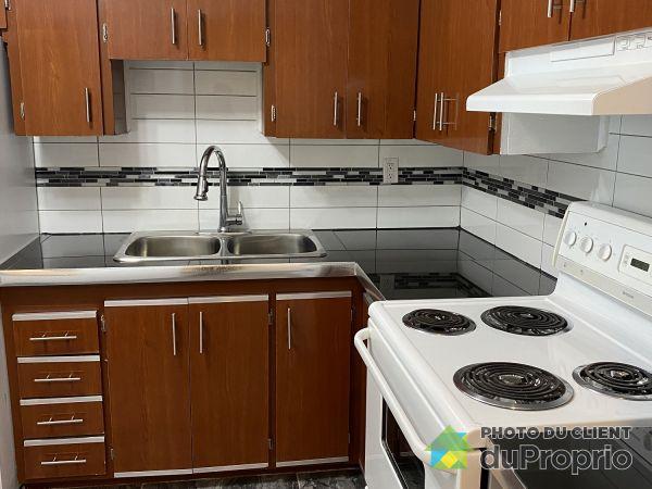 401-5785 avenue Sir Walter Scott, Côte-St-Luc / Hampstead / Montréal-Ouest for rent