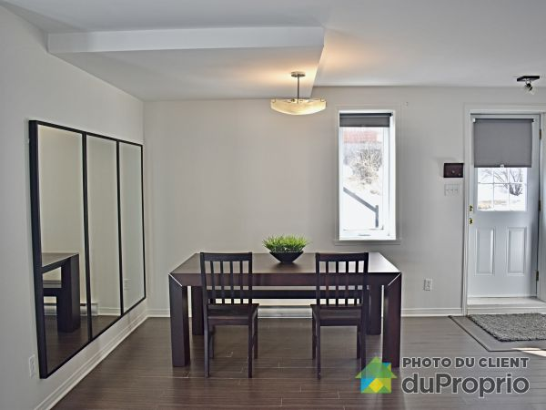 6040 rue Charpentier, Brossard for rent