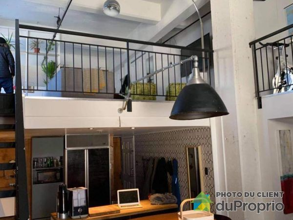 101-630 rue Christophe-Colomb Ouest, Saint-Sauveur for rent