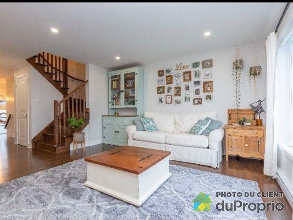 952 rue des Coccinelles, St-Lazare for rent