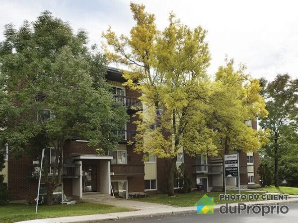 Apartment - 402-3365 Rue Petitclerc, Beauport for rent
