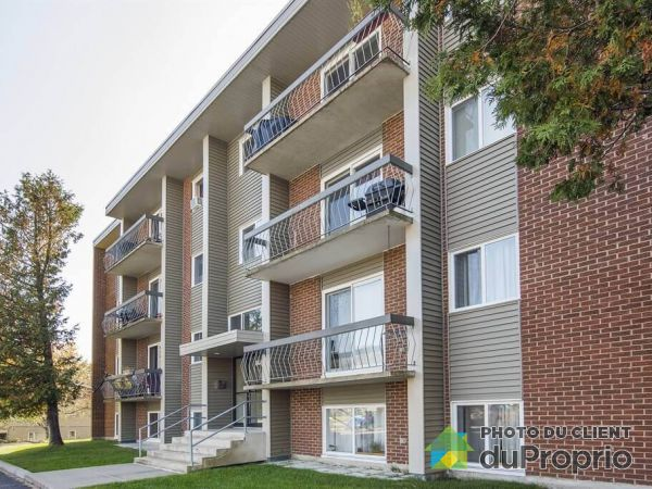 Apartment - 7-4420 Rue des Roses, Charlesbourg for rent