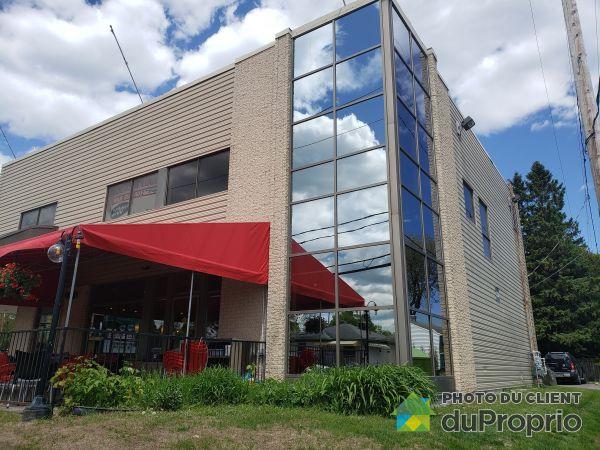 11040 boulevard Henri-Bourassa, Charlesbourg for rent