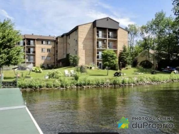 100 rue du Lac, Sherbrooke (Deauville) for rent