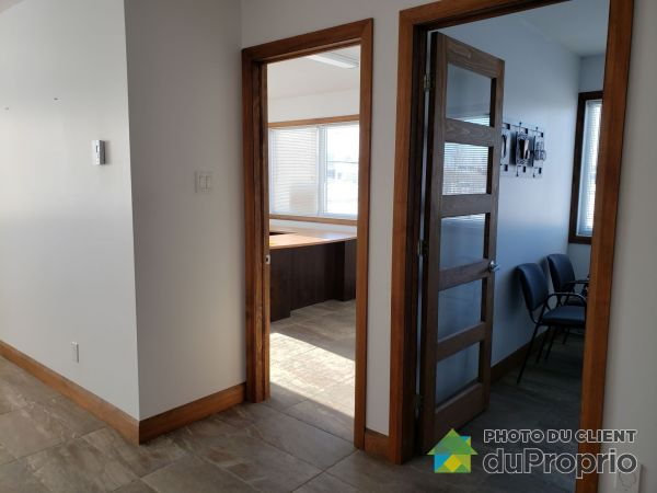 324 rue Laurier, St-Apollinaire for rent