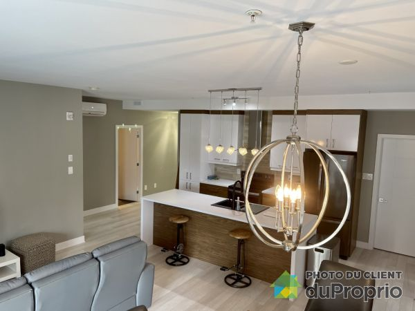 201-3710 rue Roland-Marquette, Longueuil (St-Hubert) for rent