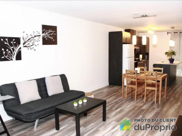 6400 rue de Chambery, Brossard for rent