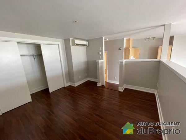 6400 rue Christophe, Brossard for rent