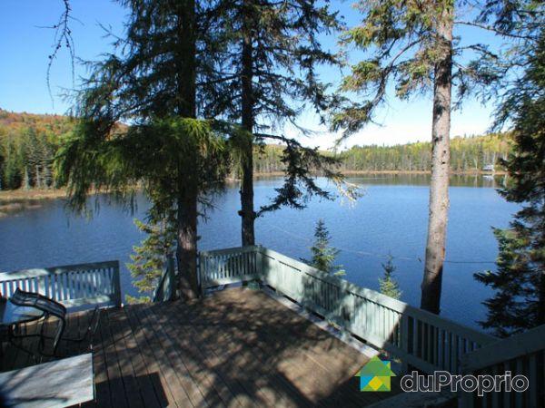 Lac - Domaine familial du Lac Morin, 400 acres, St-Michel-Des-Saints à vendre