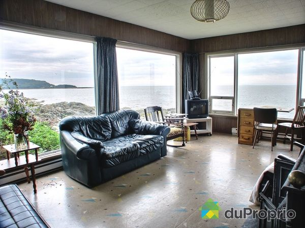 Living Room - 110-112 route Bernier, Rimouski (Le Bic) for sale