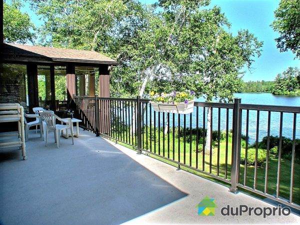 Terrace - 901 chemin des Carouges, St-Mathieu-Du-Parc for sale