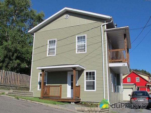 20-24, rue Trudel, La Malbaie for sale