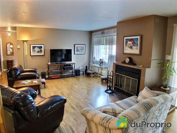 Living Room - 201-800 rue des Tilleuls, St-Bruno-De-Montarville for sale