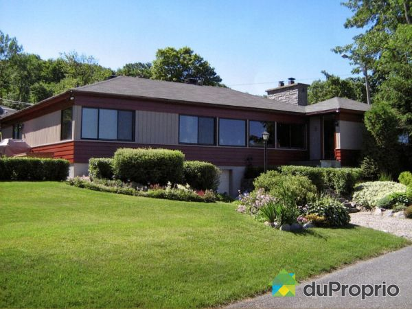 Summer Front - 1700 chemin des Pluviers, St-Nicolas for sale