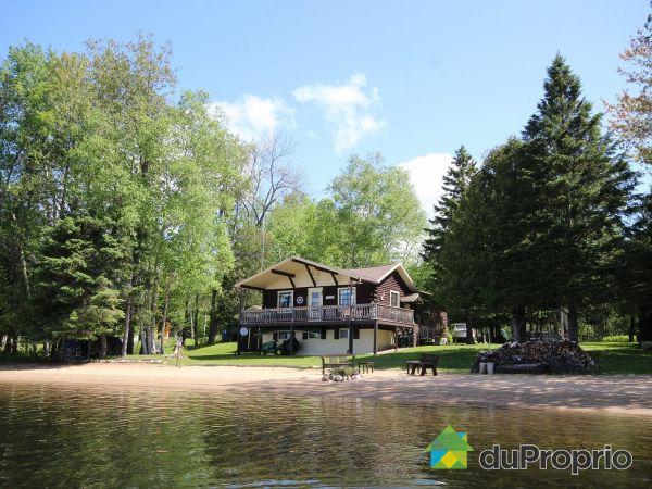 48, chemin Faubert, Lac-Du-Cerf à vendre