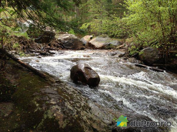 Lot - chemin des Cascades, St-Donat for sale