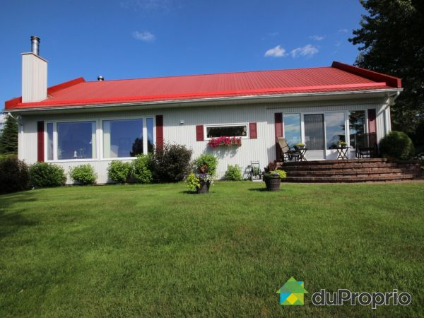 210 chemin Lac Grenon, St-David-de-Falardeau for sale