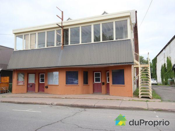 11-21, rue Saint-Jean-Baptiste Est, Montmagny for sale
