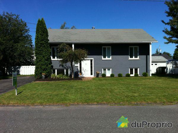 935, rue Joseph Lussier, Drummondville (St-Charles-De-Drummond) à vendre