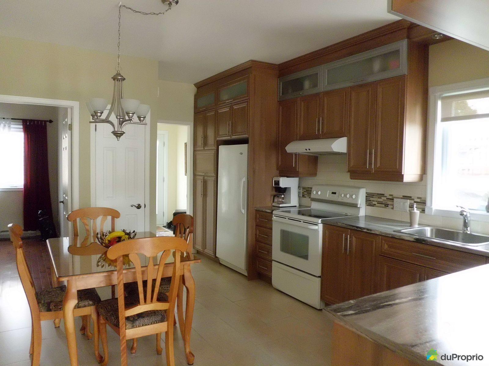 Kitchen - 3942 rue de la Fabrique, Jonquière (Jonquière) for sale