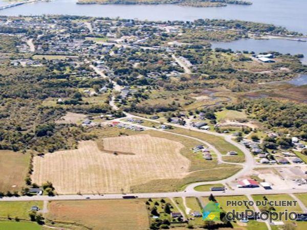 Environment - 2e avenue, Grenville for sale