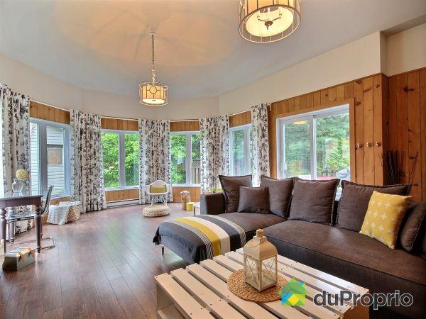 Living Room - 81 rue Sainte-Cécile, St-Alexis-Des-Monts for sale