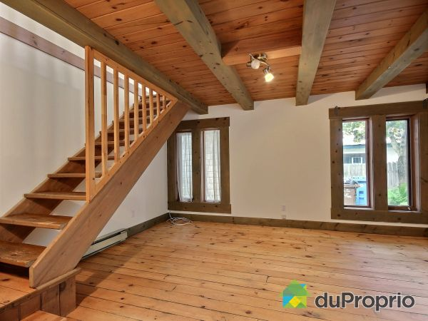 Living Room - 140-142, rue Saint-Jean-Baptiste, Baie-St-Paul for sale