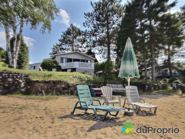 Beach - 12-14, impasse du Petit-Lachine, Lac-des-Plages for sale