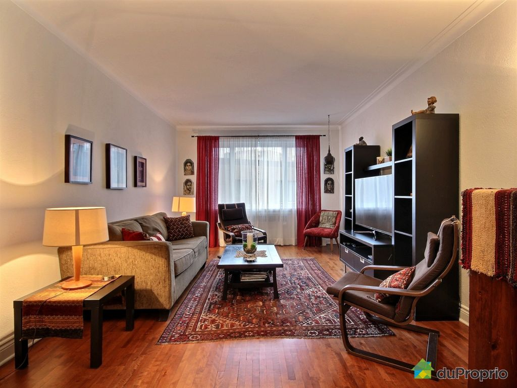 8afbfb8d09 Living Room - 9-2505 avenue Van Horne