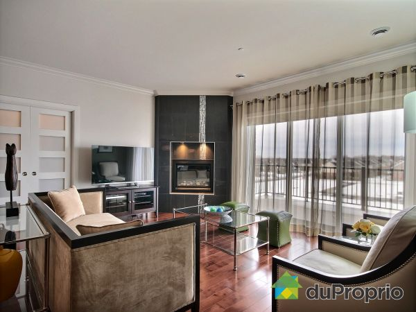 Living Room - 440-3100 boulevard de Boucherville, St-Bruno-De-Montarville for sale