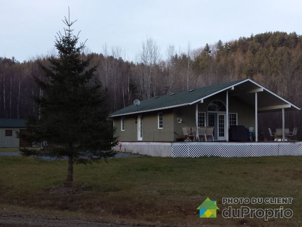 209 chemin Hayes, Val-Des-Bois for sale