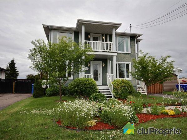Summer Front - 694 rue Plante, Roberval for sale