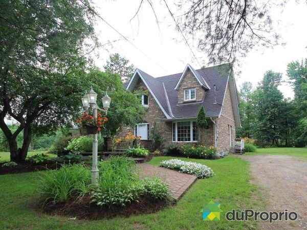 257 chemin Pont-Rouge, Fort-Coulonge for sale