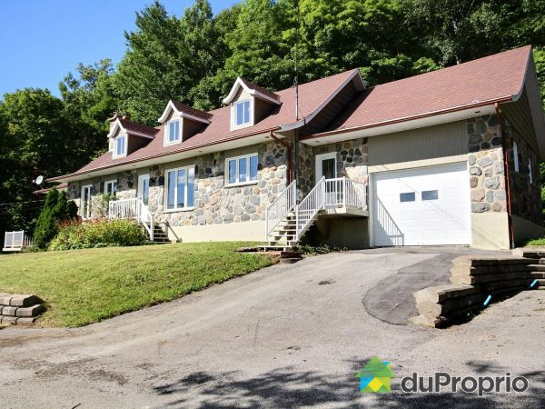 582 Route 138, Cap-Santé for sale
