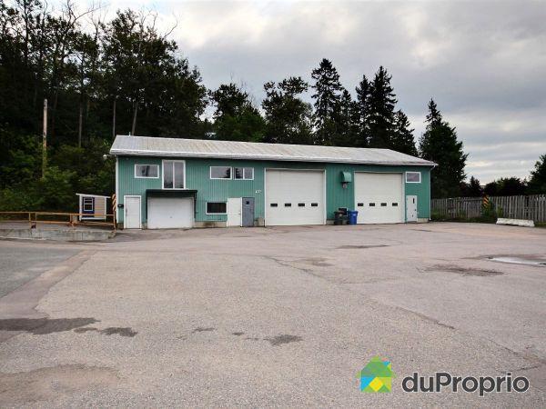 144 rue Sainte-Claire, Chicoutimi (Chicoutimi-Nord) à vendre