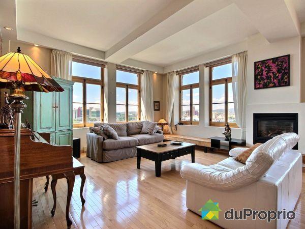 Living Room - 504-117 quai Saint-André, Vieux-Québec for sale