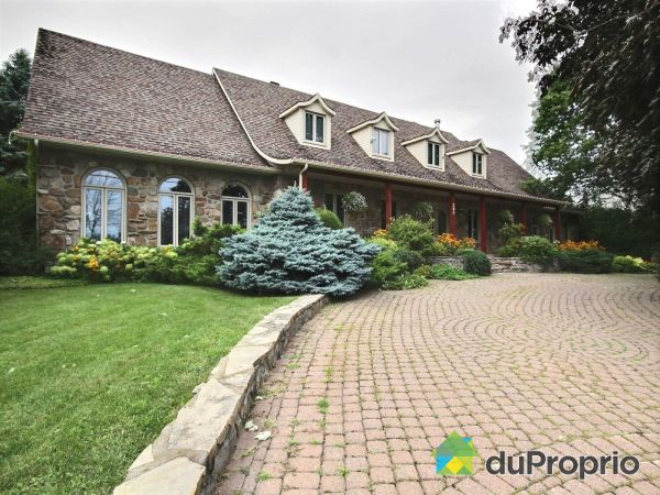 263 chemin du Richelieu, St-Basile-Le-Grand for sale