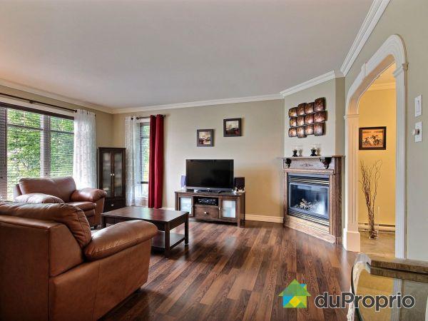 Living Room - 1199 rue de Saturne, St-Romuald for sale
