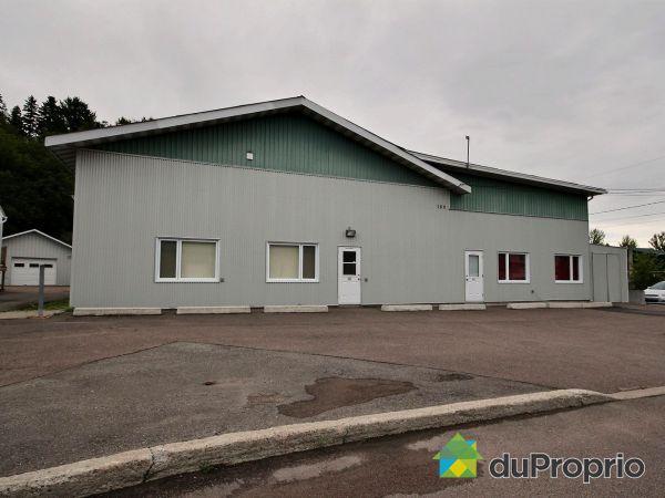 150, rue Sainte-Claire, Chicoutimi (Chicoutimi-Nord) à vendre